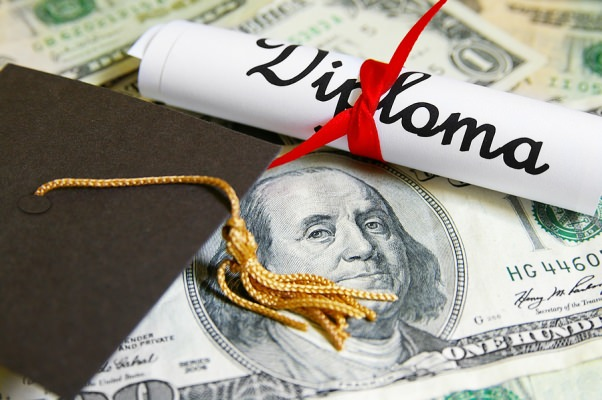 Is tuition discounting an effective recruitment strategy?