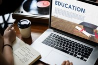 Online enrolment in US continues to grow
